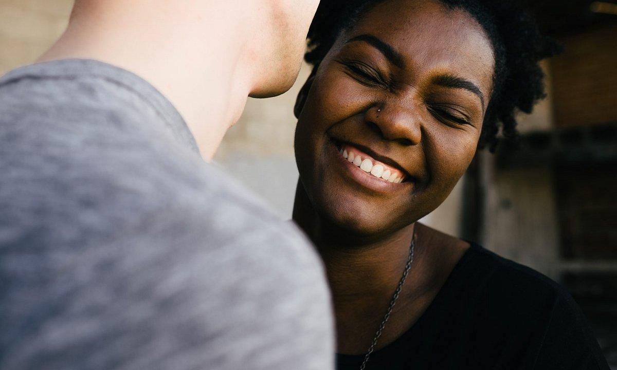positieve versterking dating online dating wat te doen na de eerste vergadering