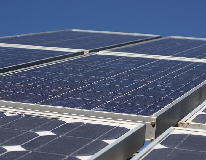 Zonnepanelen bij soChicken: we halen energie uit de lucht